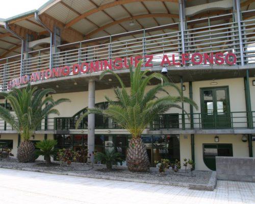 Fachada estadio Antonio Domínguez